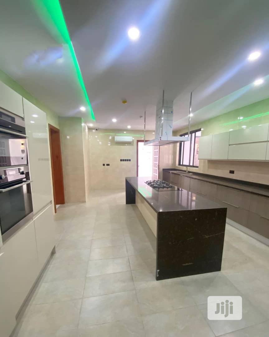 Highly Executive 7bedroom Detached Duplex At Ikoyi Lagos | Houses & Apartments For Sale for sale in Bourdillon, Ikoyi, Nigeria