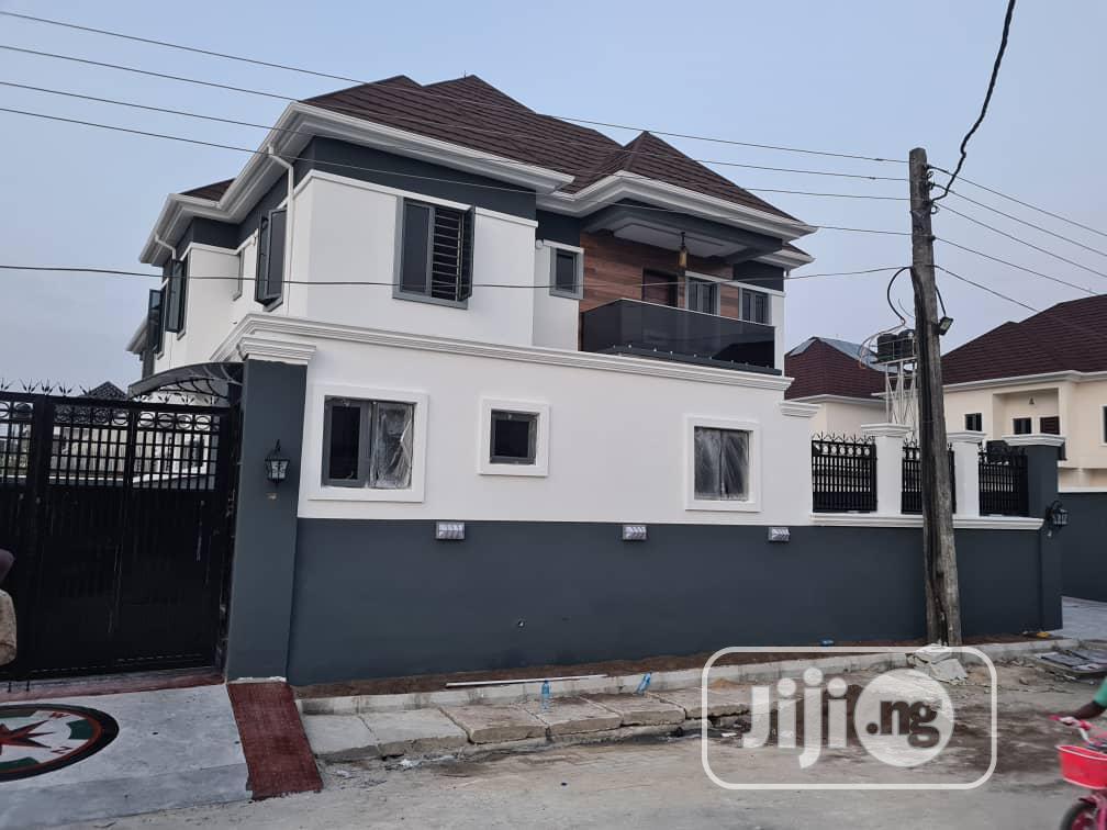 5 Bedrooms Duplex For Sale