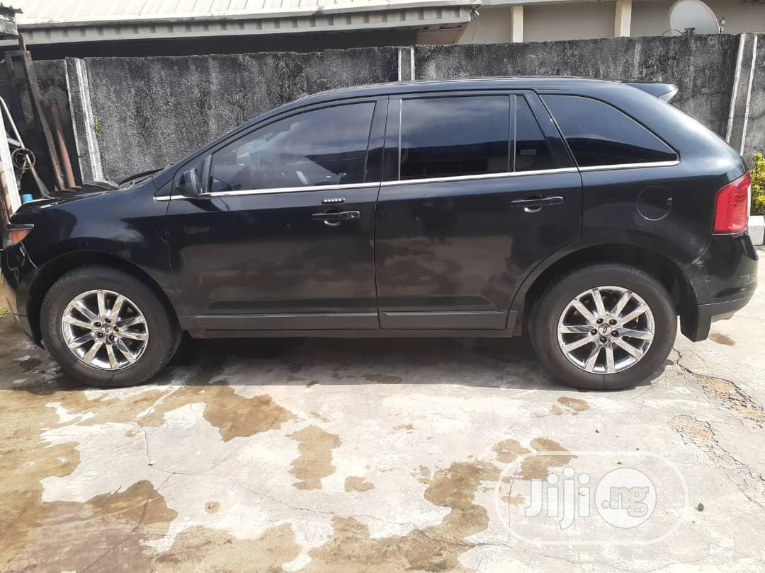 Archive: Ford Edge 2013 SE 4dr FWD (3.5L 6cyl 6A) Blue