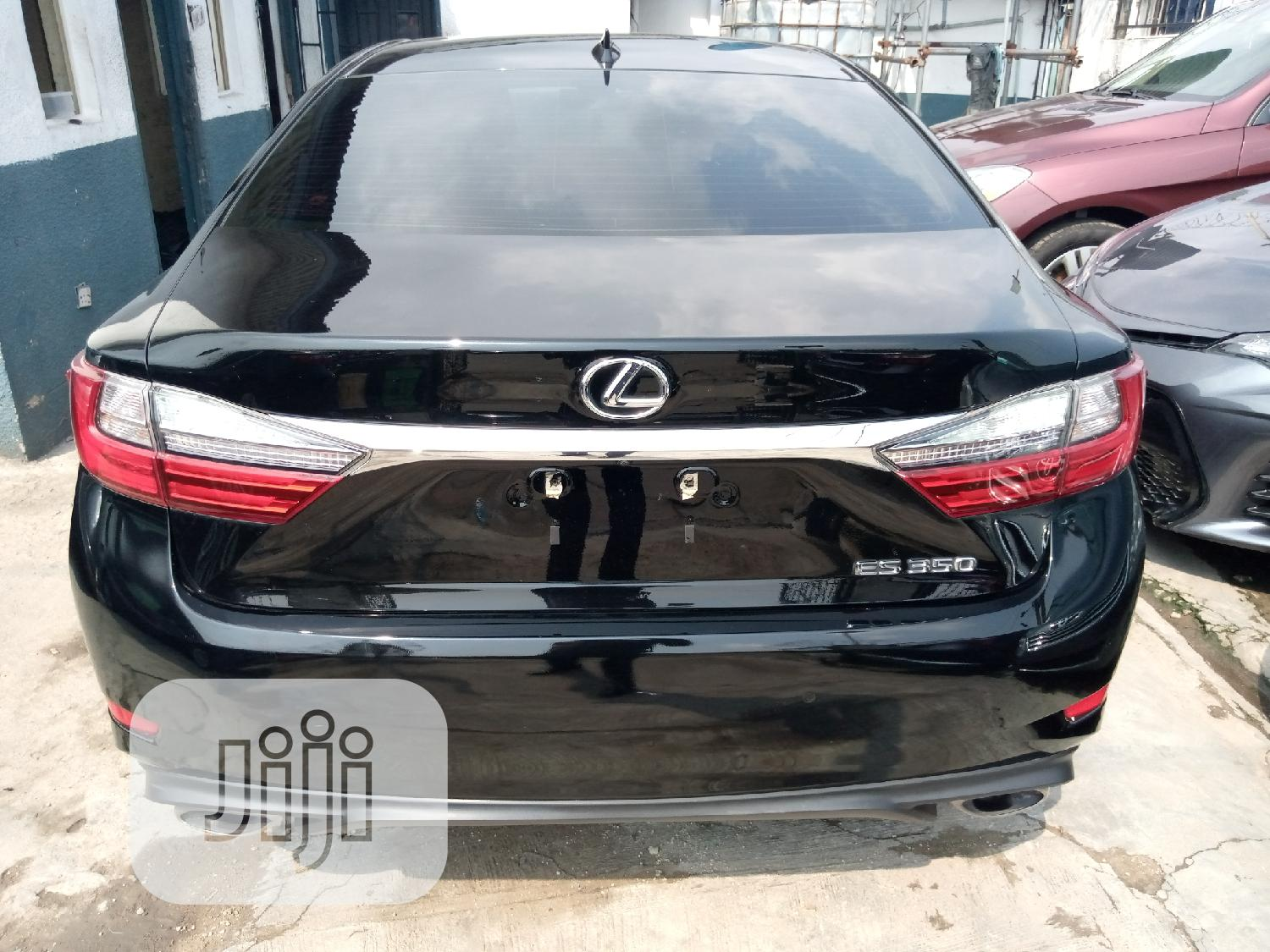 Lexus ES 2018 350 FWD Red | Cars for sale in Surulere, Lagos State, Nigeria
