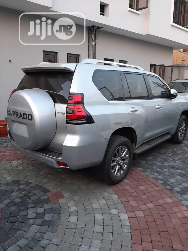 Toyota Land Cruiser Prado 2018 GXR Silver