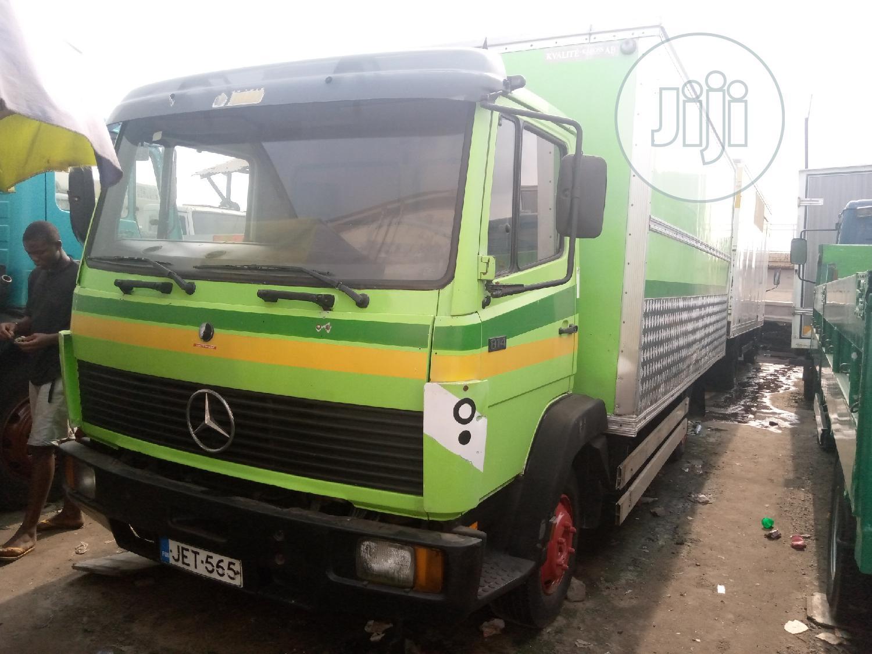 Mercedes-Benz Truck 814 Green