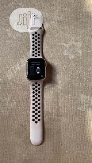 Neat UK Used Apple Iwatch Series 4 40mm With GPS | Smart Watches & Trackers for sale in Lagos State, Ikeja