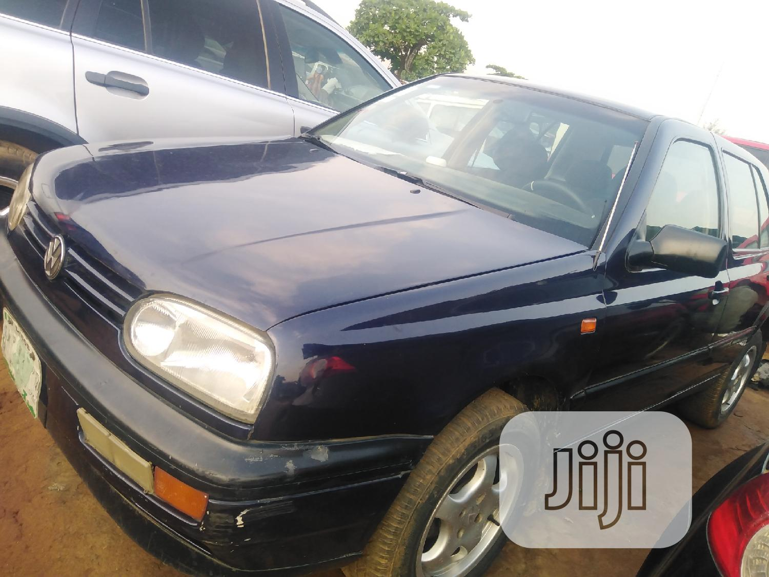 Archive: Volkswagen Golf 1999 2.0 Automatic Blue