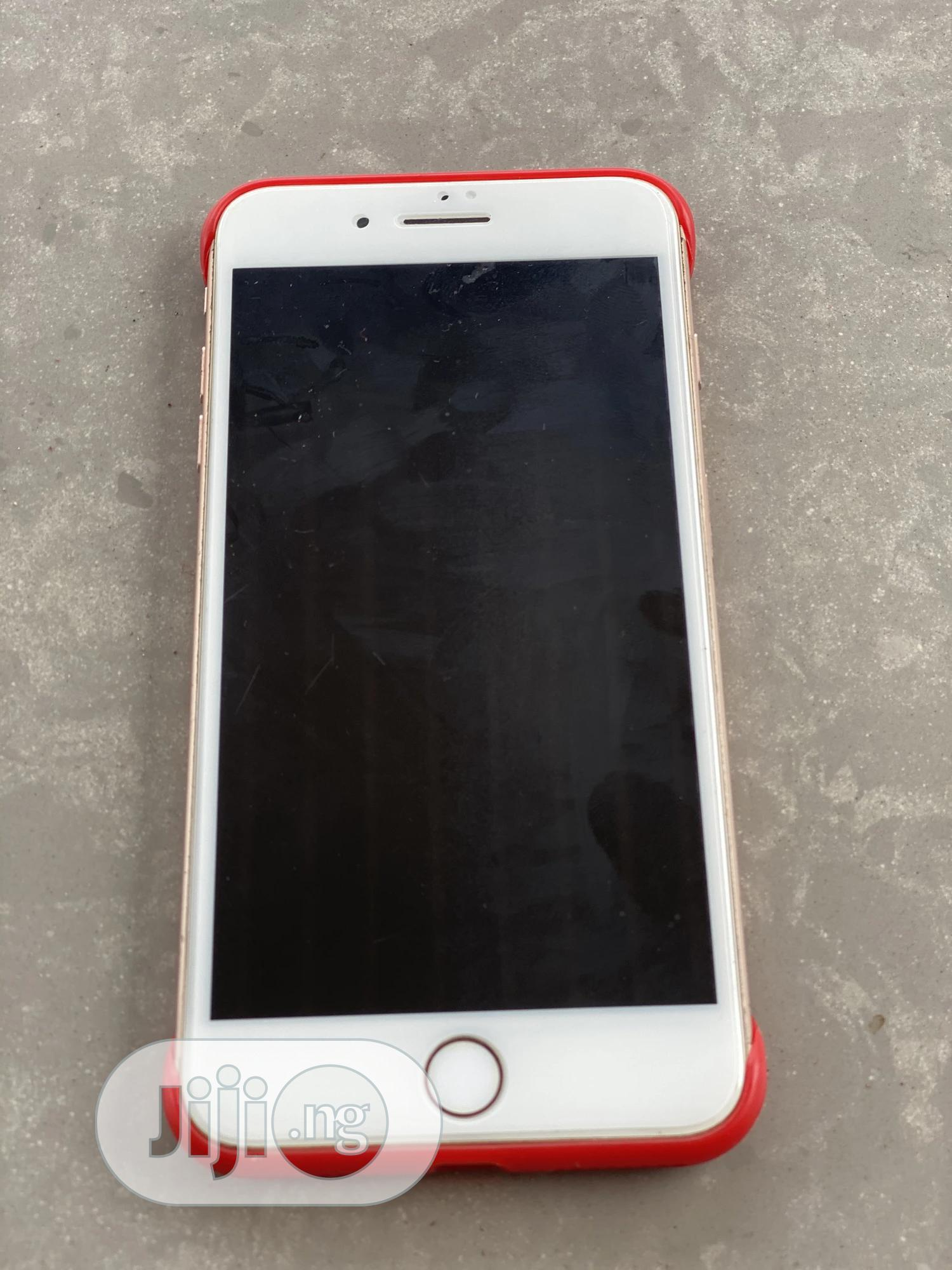 Archive: Apple iPhone 8 Plus 64 GB White