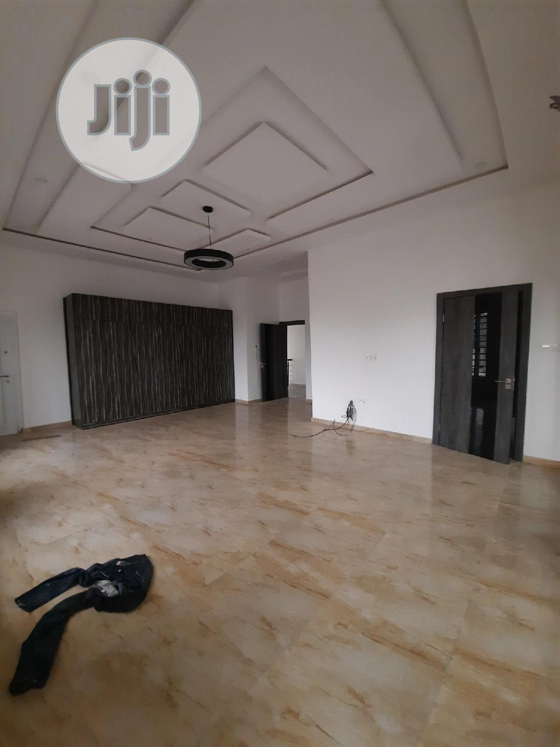 A Newly Built 5bedrooms Fully Detached Duplex With Bq | Houses & Apartments For Sale for sale in Lekki Phase 2, Lekki, Nigeria