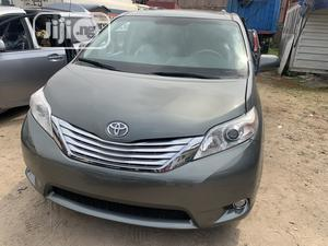 Toyota Sienna 2013 LE FWD 8-Passenger Gray | Cars for sale in Lagos State, Amuwo-Odofin