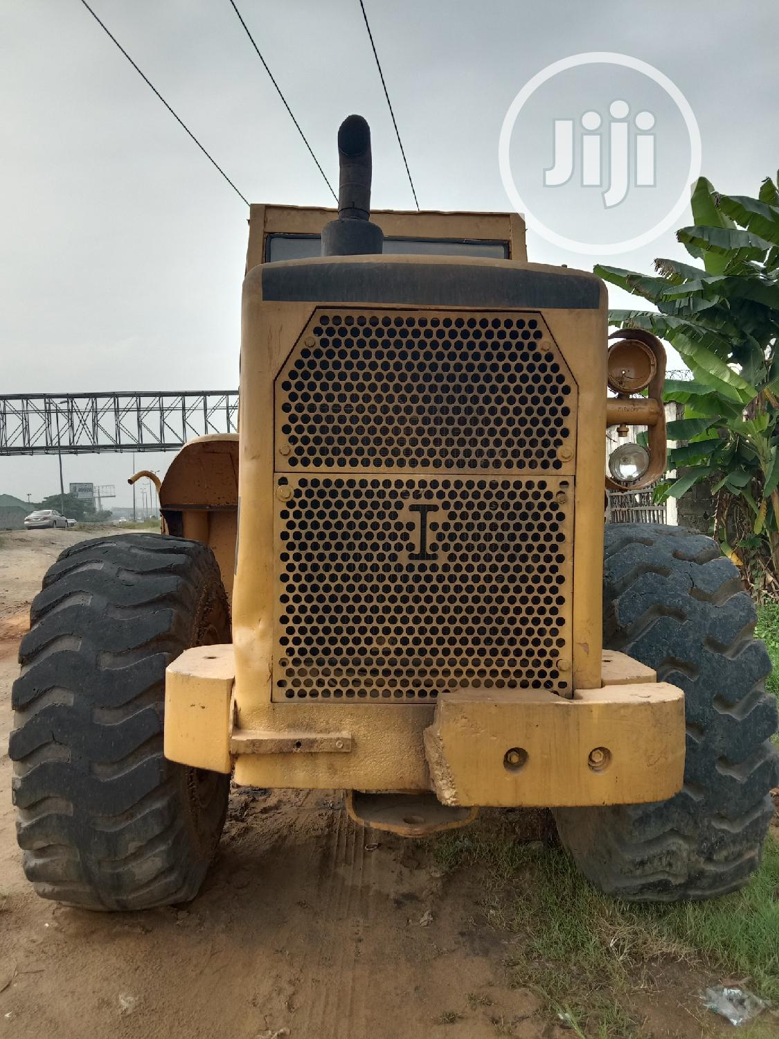 Archive: Company Used And Perfect Working Condition 966C Wheel Loader