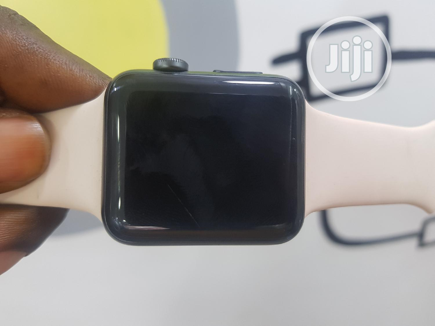 UK Used Apple Iwatch Series 3 42mm GPS Only | Smart Watches & Trackers for sale in Ikeja, Lagos State, Nigeria