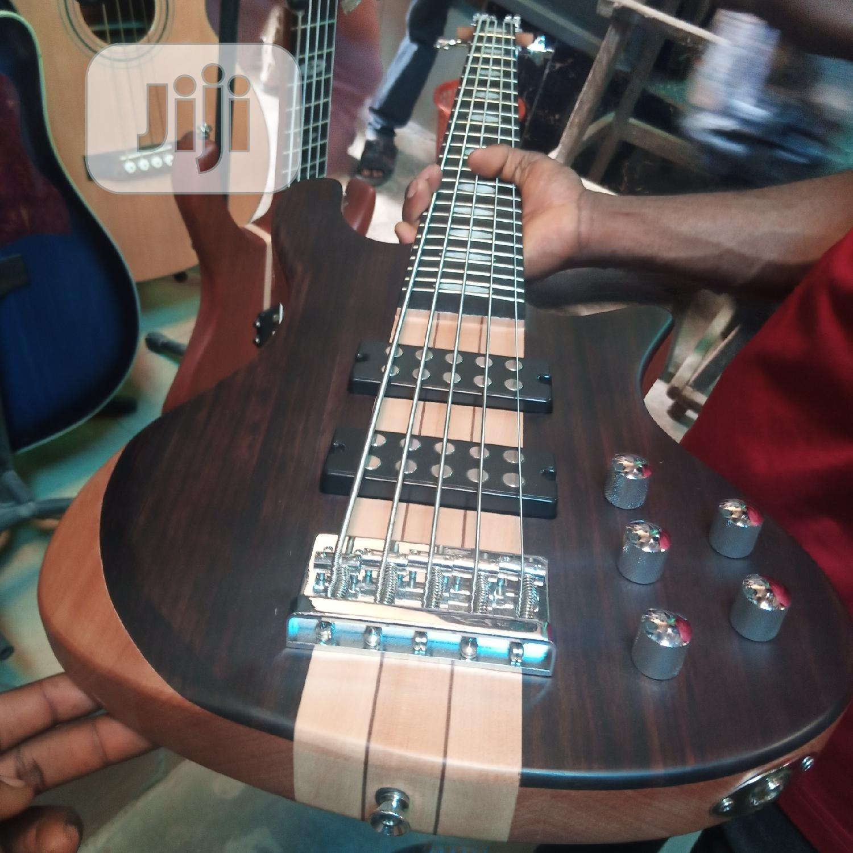 Original FENDER Bass Guitar 5strigs   Musical Instruments & Gear for sale in Mushin, Lagos State, Nigeria