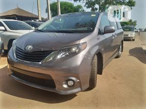 Toyota Sienna 2011 SE 8 Passenger Gray | Cars for sale in Abuja (FCT) State, Central Business Dis