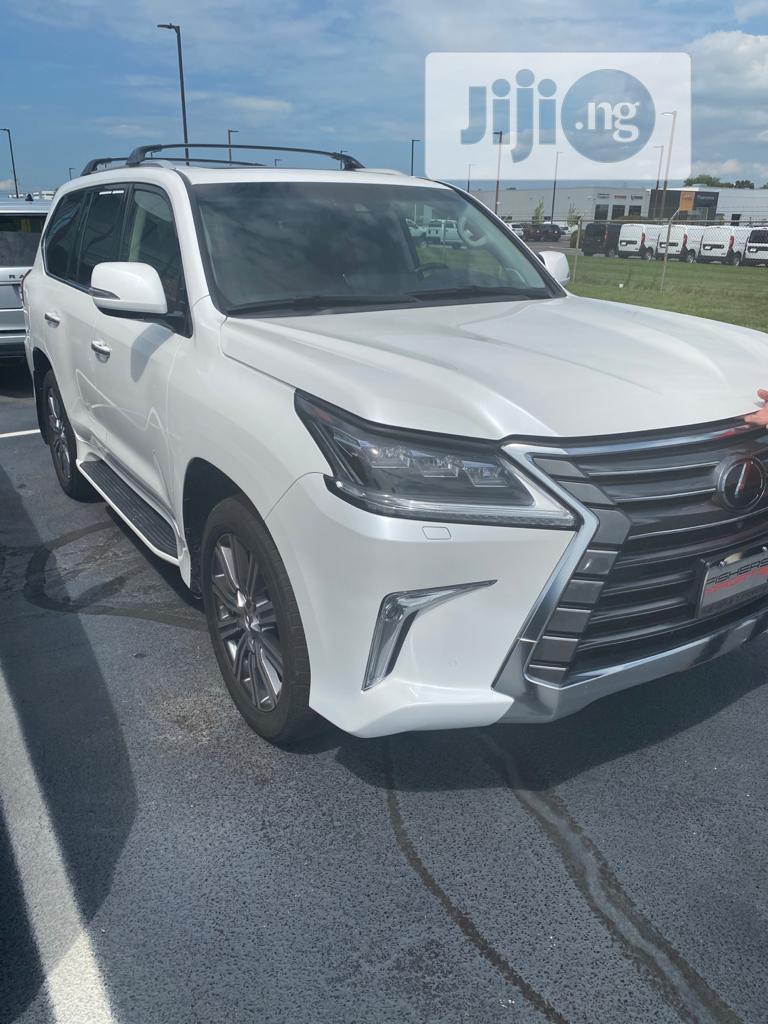 Lexus LX 2017 570 Base White