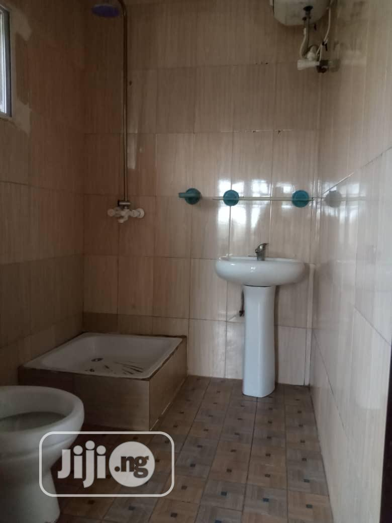 Archive: 3-bedrooms Fully Detached All En-suite With Visitors Toilet