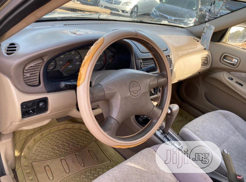Archive: Nissan Sentra 2006 1.8 Gold
