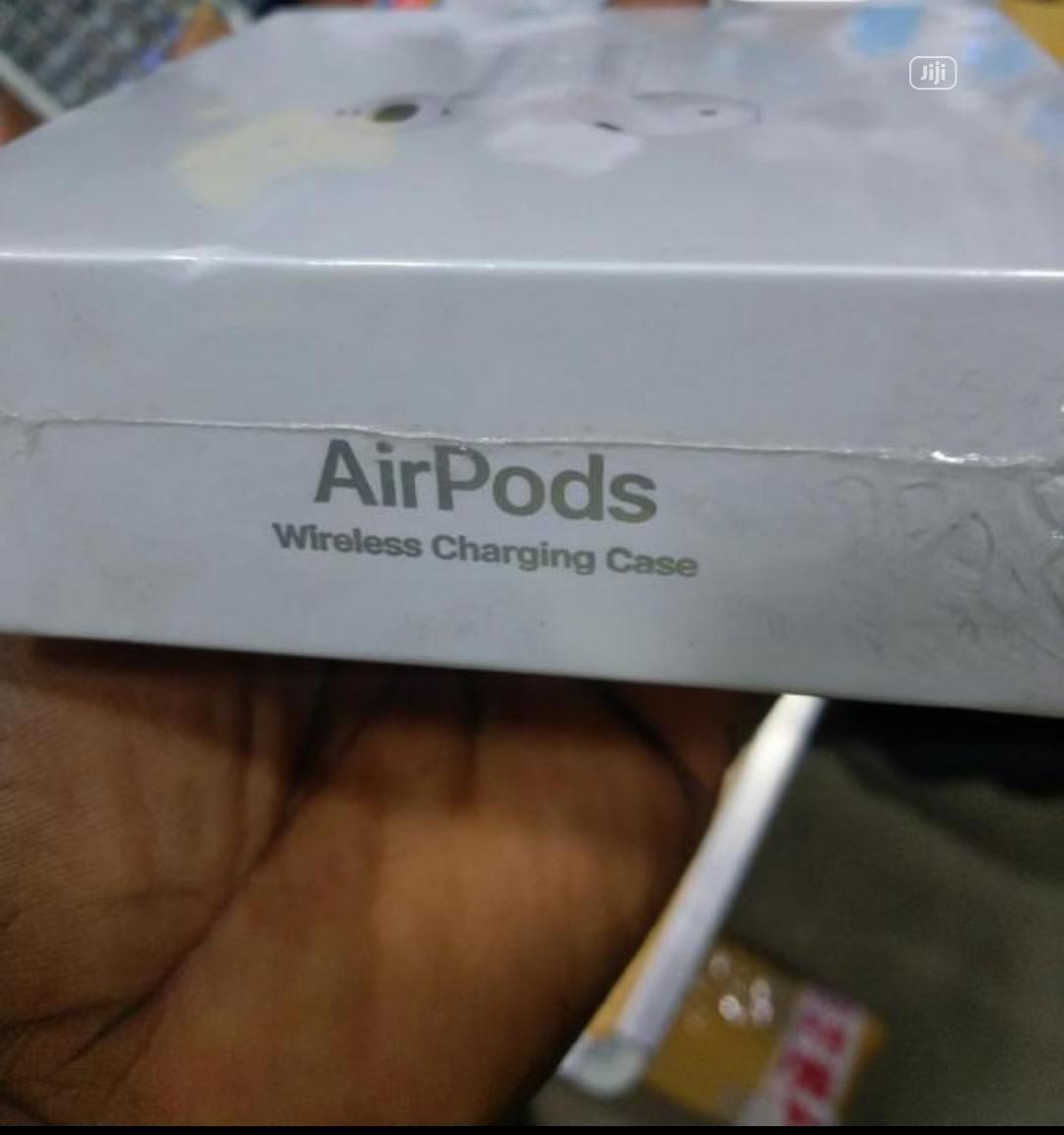 Archive: Apple Airpods 2