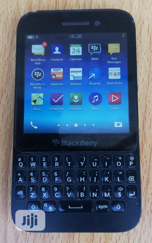 BlackBerry Q5 8 GB Black