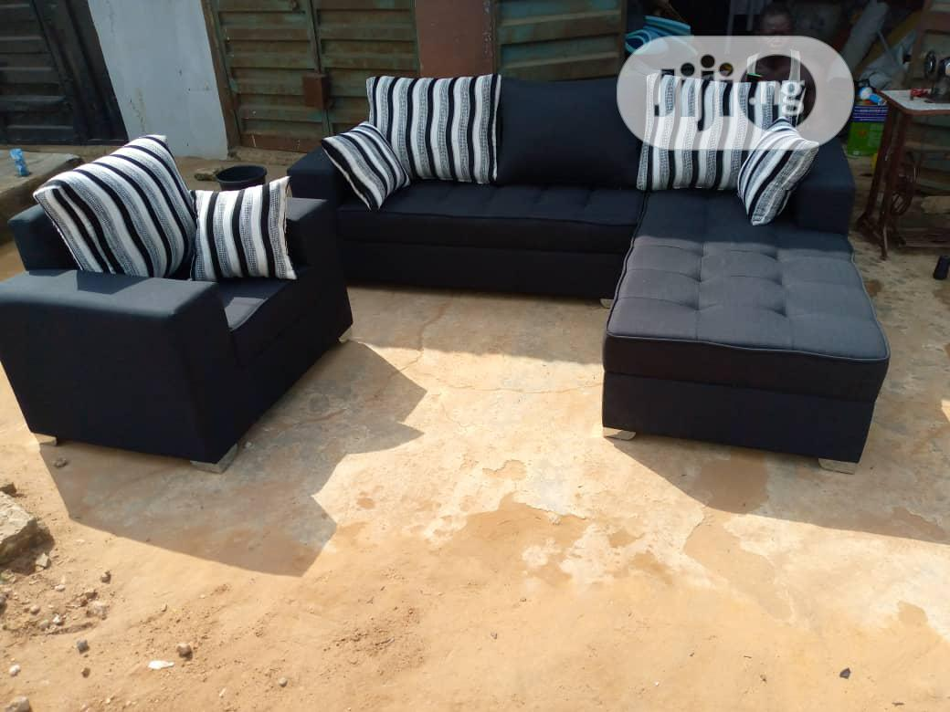 Modern L Shape With Single Seater