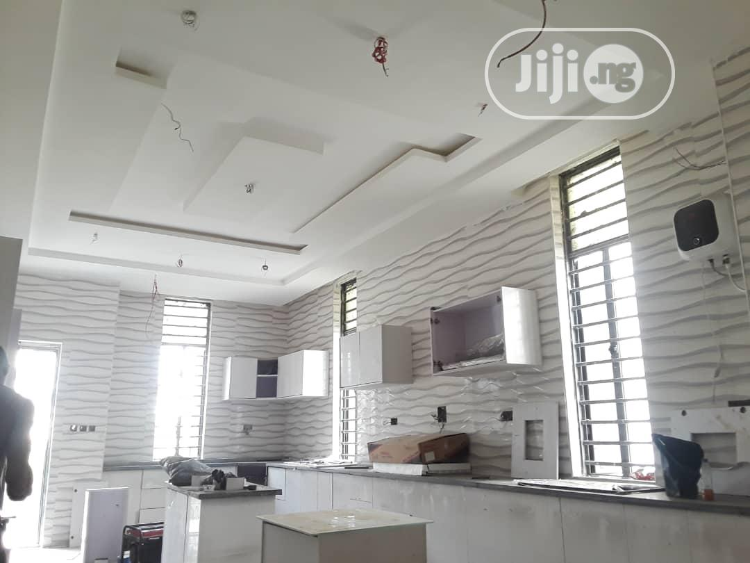 Luxurious Five Bedrooms Fully Detached Duplex