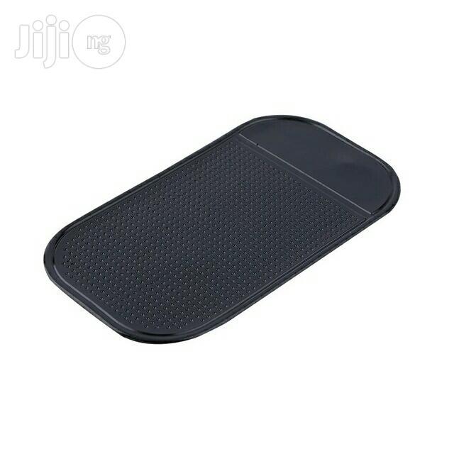 Anti Slip Sticky Mat For Cars