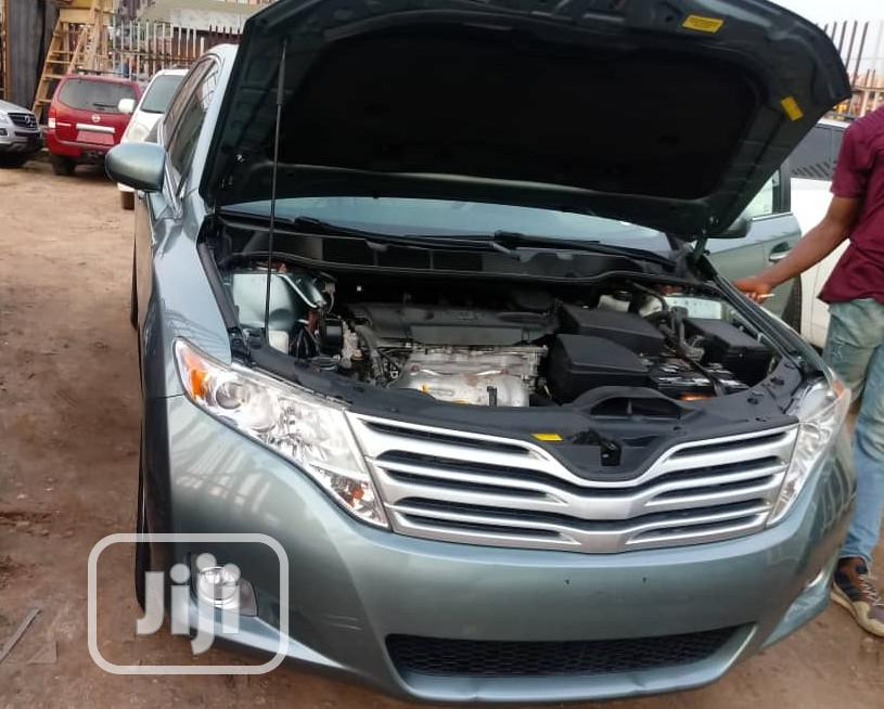 Archive: Toyota Venza 2010 AWD Green