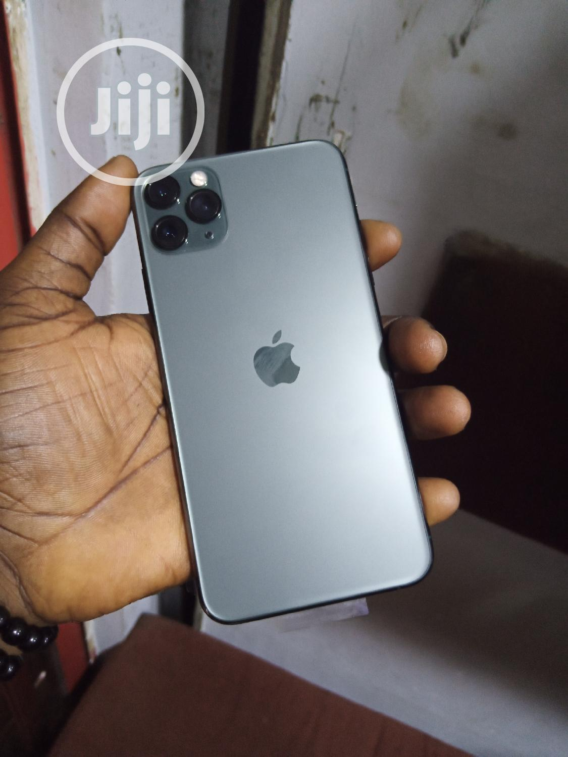 Apple iPhone 11 Pro Max 64 GB Gray | Mobile Phones for sale in Ikeja, Lagos State, Nigeria