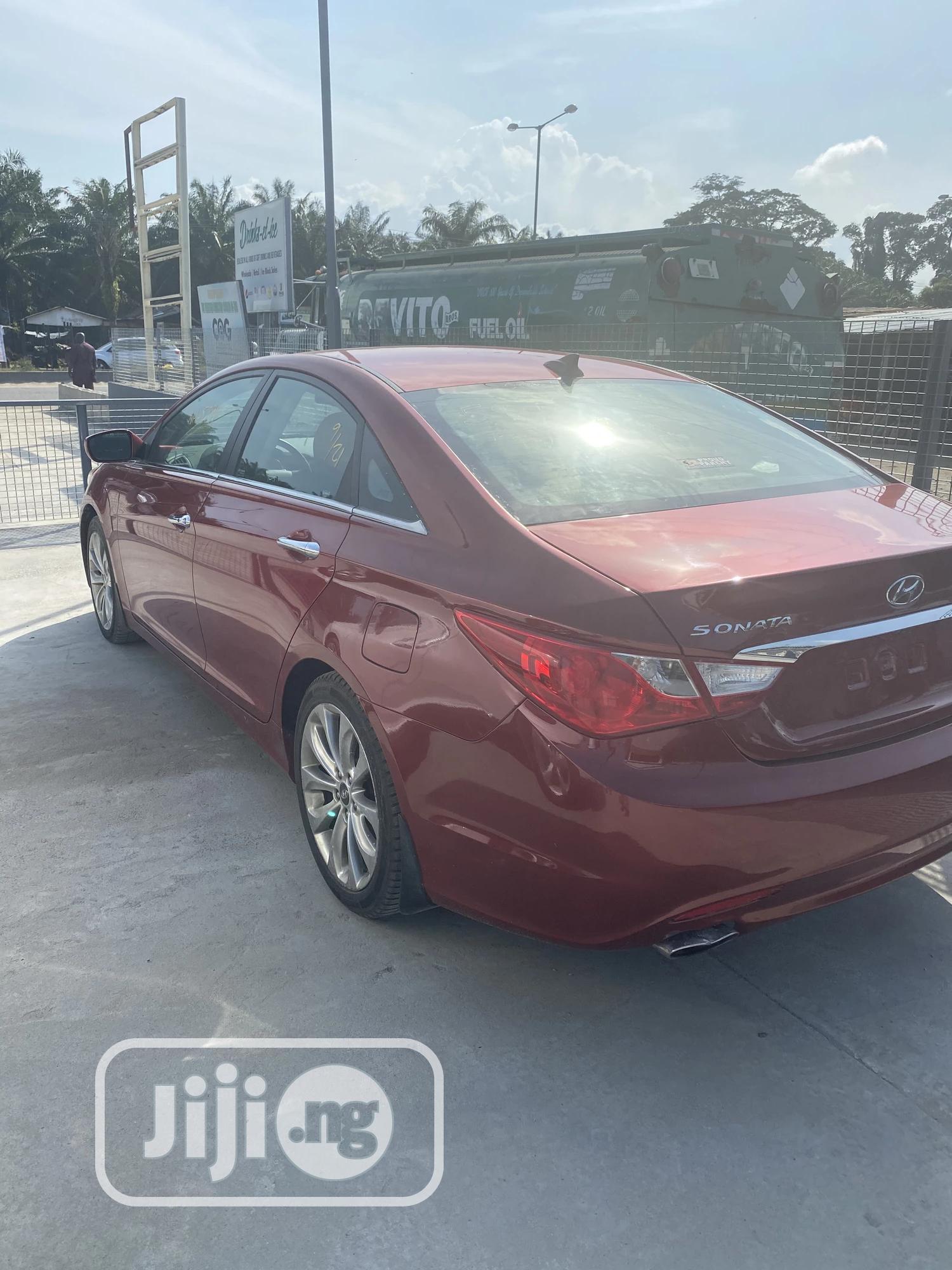Hyundai Sonata 2013 Red | Cars for sale in Ajah, Lagos State, Nigeria