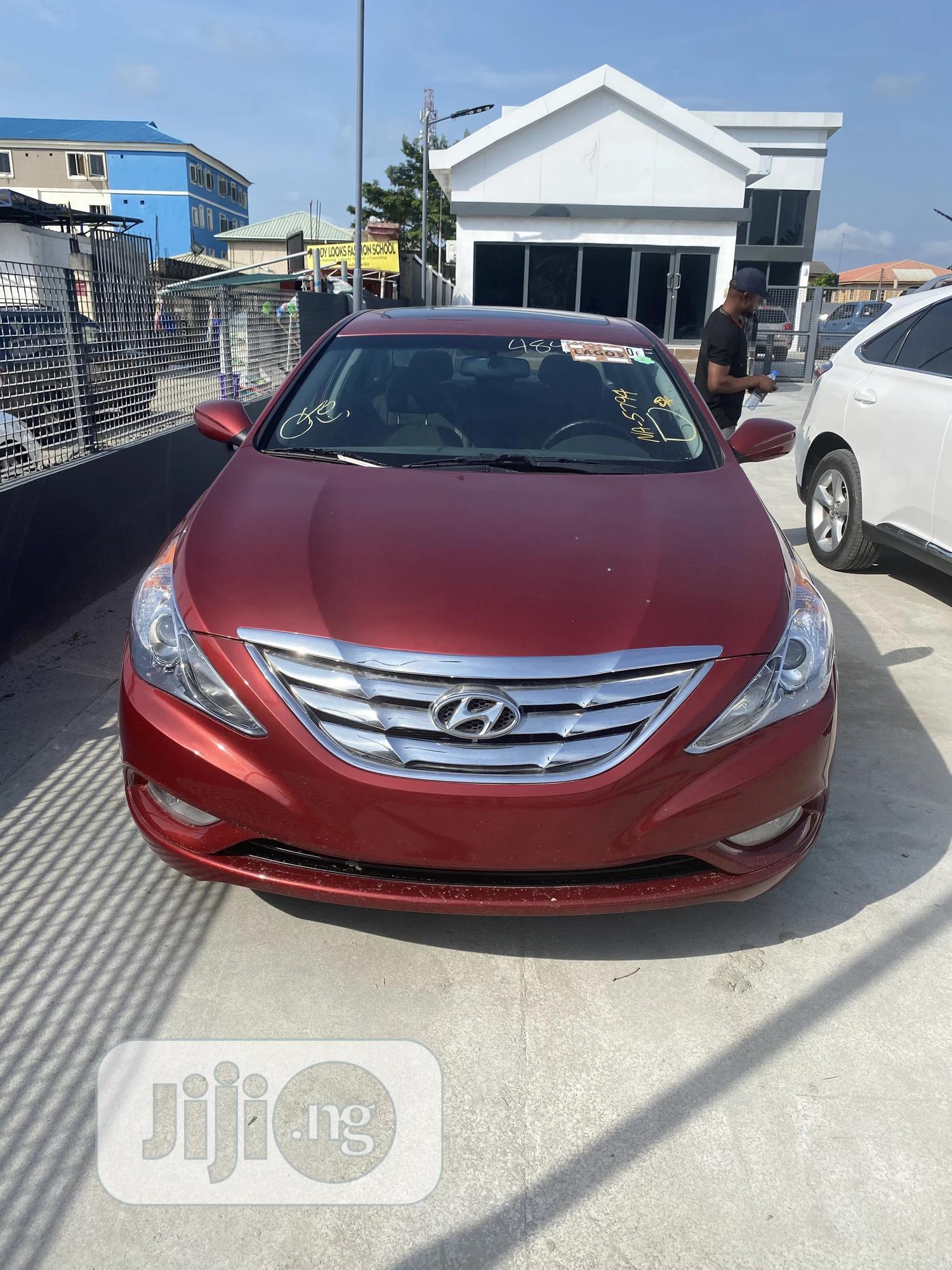 Hyundai Sonata 2013 Red