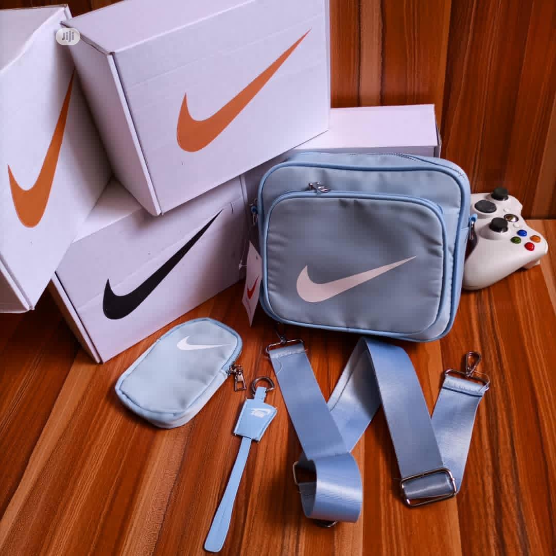 Archive: Nike Side Bag
