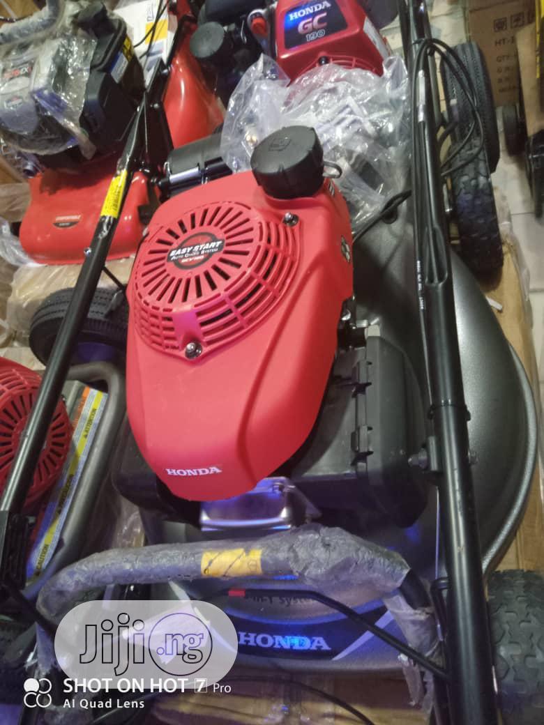 Standard Quality 6hp Honda Lawn Mower