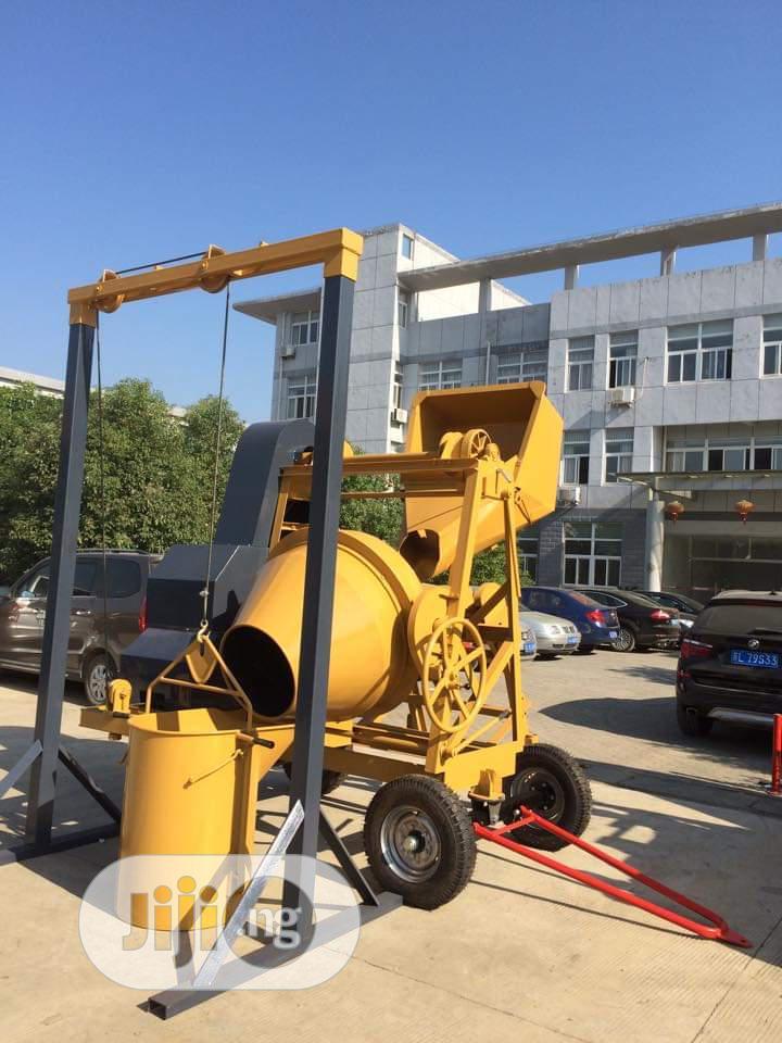 Mobile Concrete Mixer 1000 Litres | Heavy Equipment for sale in Amuwo-Odofin, Lagos State, Nigeria