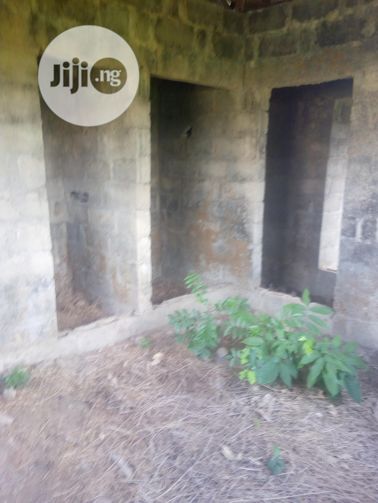3 Bedroom Flat With A Study Room | Houses & Apartments For Sale for sale in Ojoo, Ibadan, Nigeria