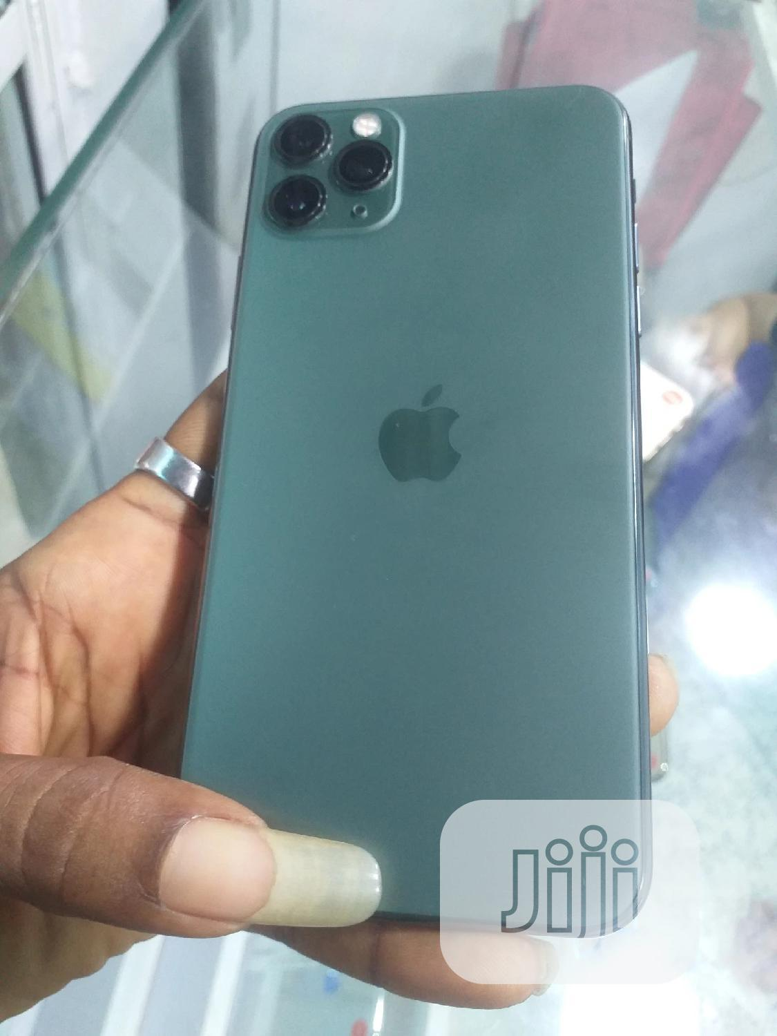 Archive: Apple iPhone 11 Pro Max 256 GB Green