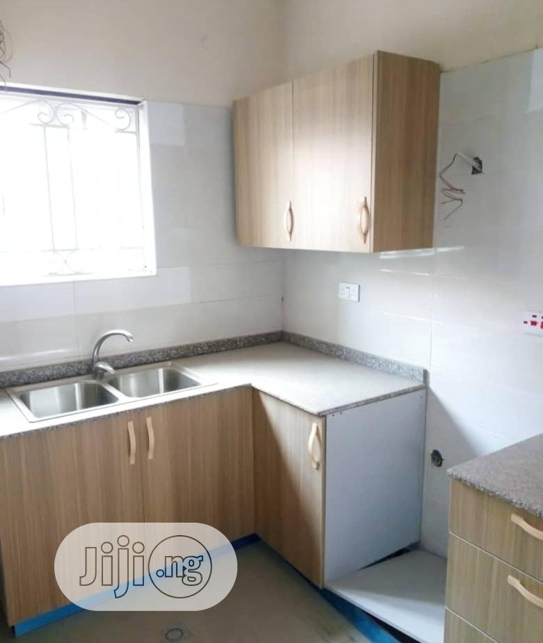 Archive: *ONIRU ESTATE* New Portable/Compact 3bed Room Apartment