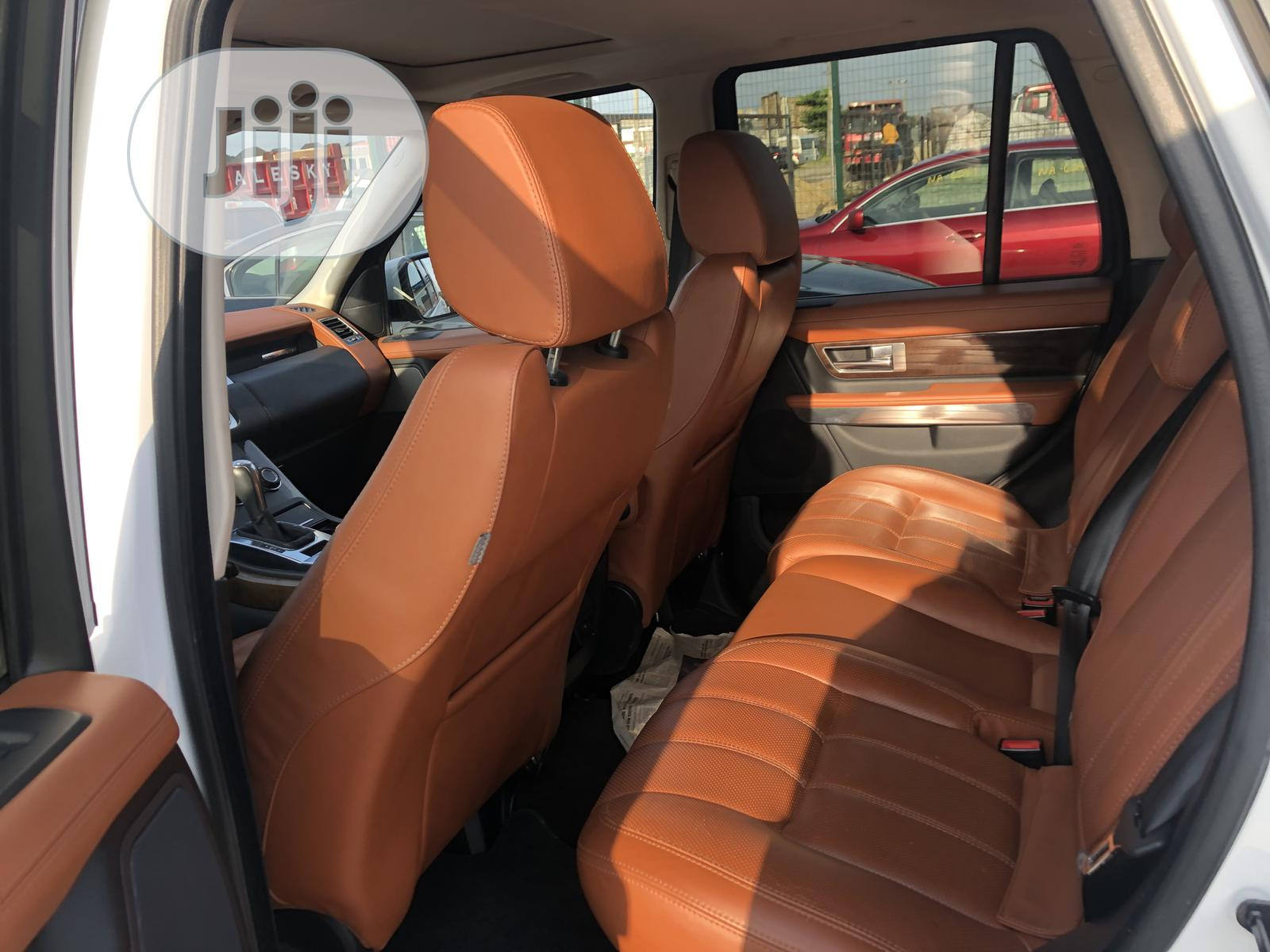 Land Rover Range Rover Sport 2012 HSE LUX White   Cars for sale in Benin City, Edo State, Nigeria