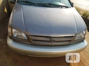 Toyota Sienna 1999 LE 4dr Gold | Cars for sale in Lagos State, Isolo