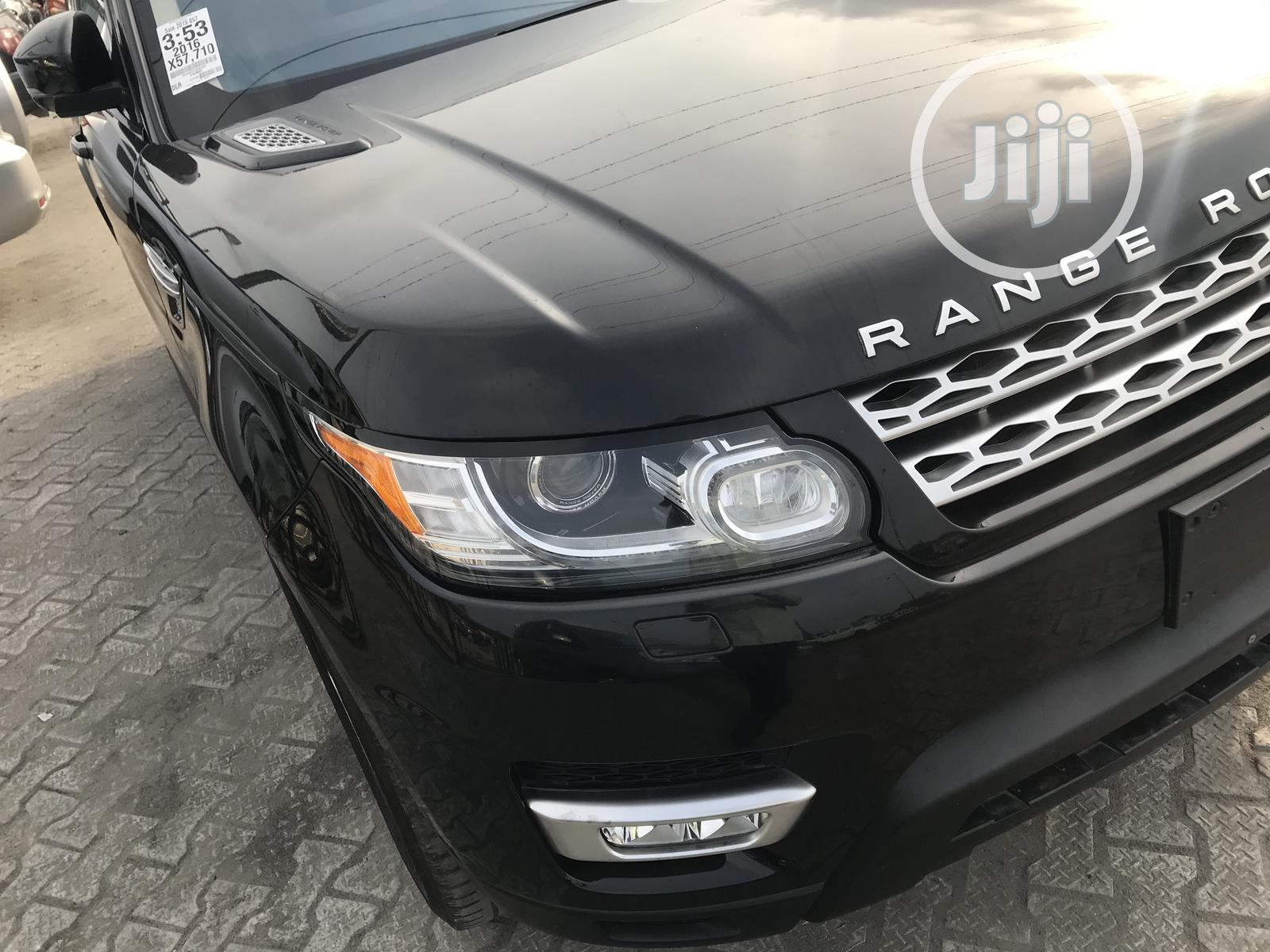Land Rover Range Rover Sport 2016 SE 4x4 (3.0L 6cyl 8A) Black | Cars for sale in Ajah, Lagos State, Nigeria