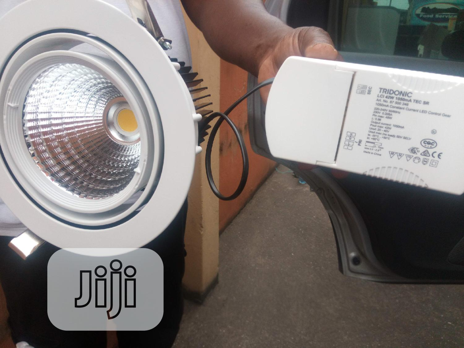 Archive: Tridonic LCI 42W Along With Roh Lamp