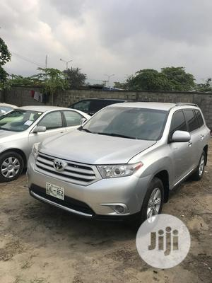 Toyota Highlander 2013 Limited 3.5l 4WD Silver   Cars for sale in Lagos State, Amuwo-Odofin