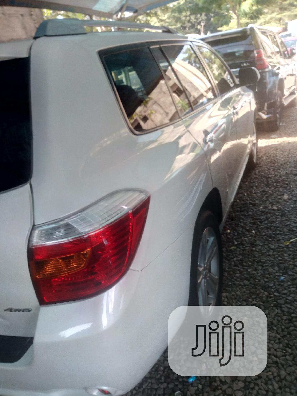 Toyota Highlander 2008 White | Cars for sale in Garki 2, Abuja (FCT) State, Nigeria