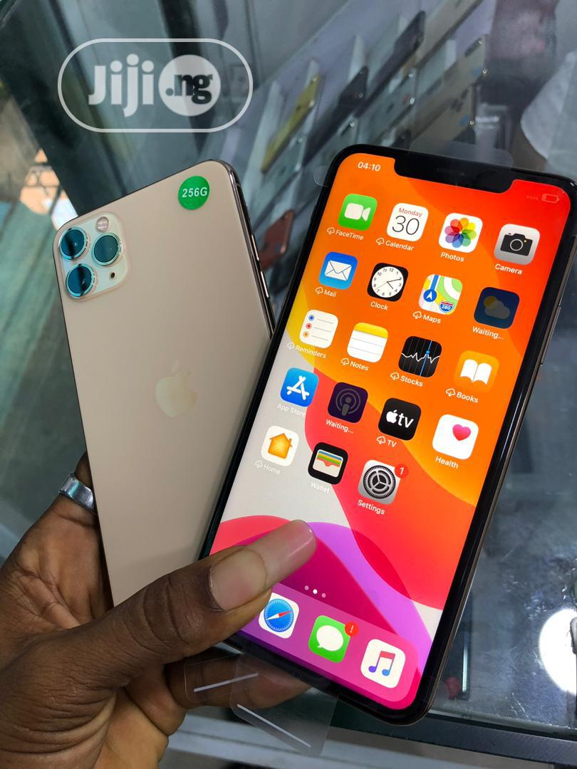 Apple iPhone 11 Pro Max 64 GB Gold | Mobile Phones for sale in Ikeja, Lagos State, Nigeria
