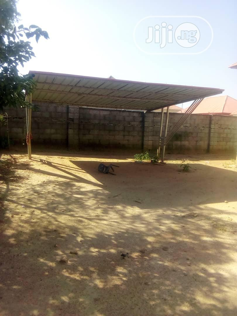 3 Bedroom Flat In An Estate With Larg Parking Lot | Houses & Apartments For Sale for sale in Kurudu, Abuja (FCT) State, Nigeria