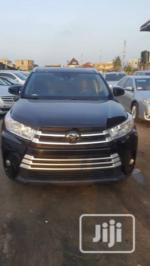 Toyota Highlander 2018 XLE 4x4 V6 (3.5L 6cyl 8A) Black   Cars for sale in Lagos State, Amuwo-Odofin