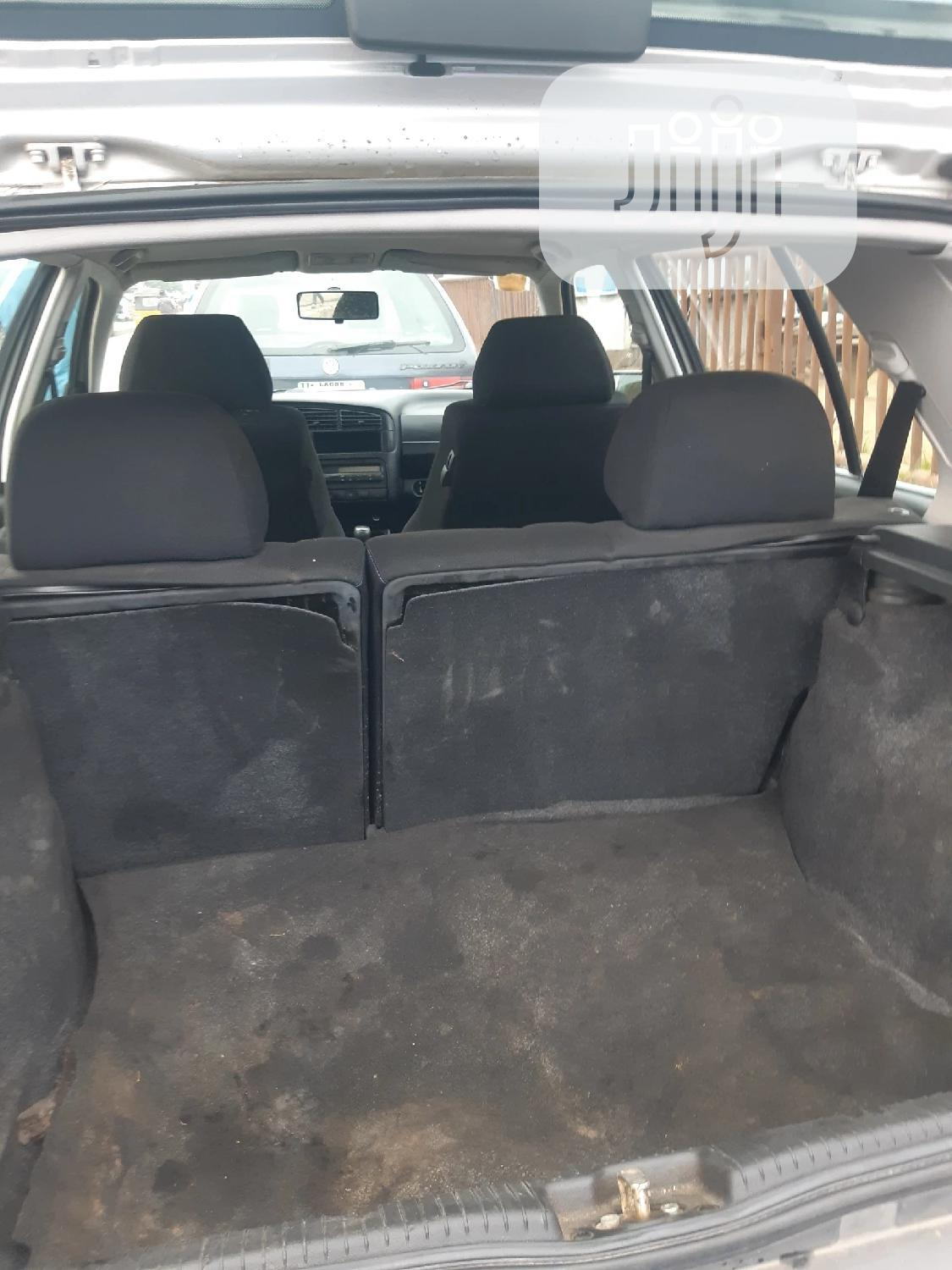 Volkswagen Golf 1999 2.0 Silver   Cars for sale in Surulere, Lagos State, Nigeria