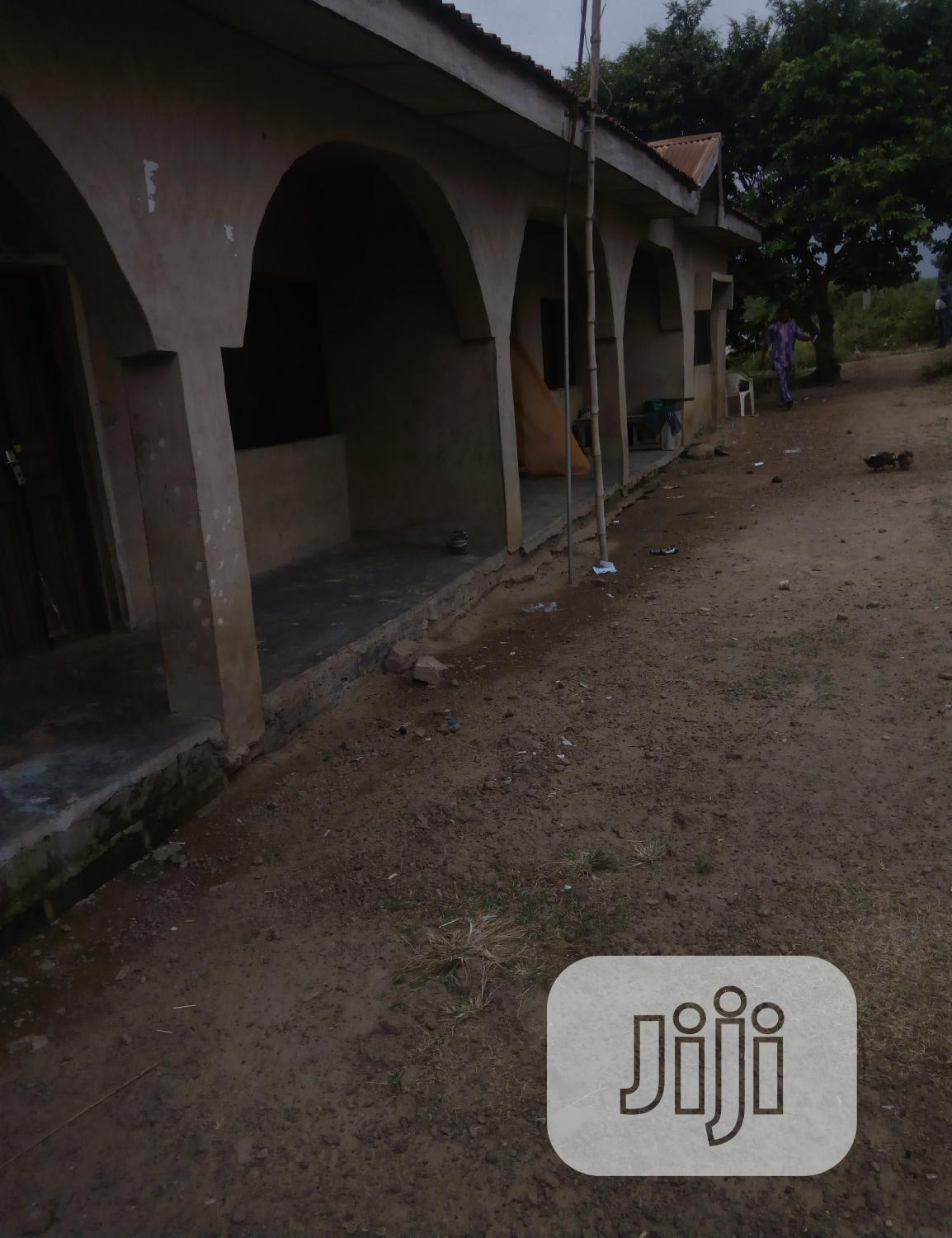 Twin Flat At Iyana-agbala, New Ife Road | Houses & Apartments For Sale for sale in Ibadan, Oyo State, Nigeria