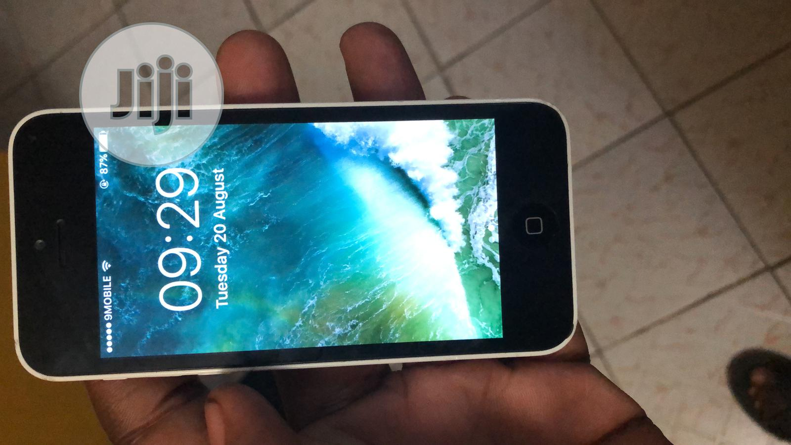 Apple iPhone 5c 8 GB White | Mobile Phones for sale in Kubwa, Abuja (FCT) State, Nigeria