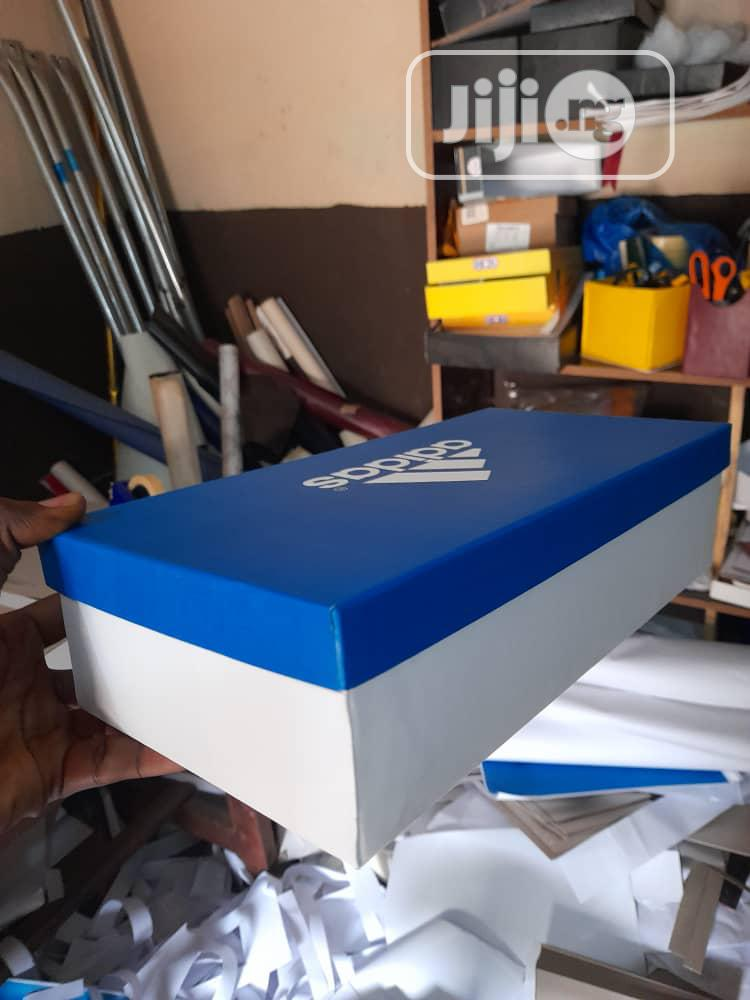 Customized Shoe Boxes for Palms and Sandals