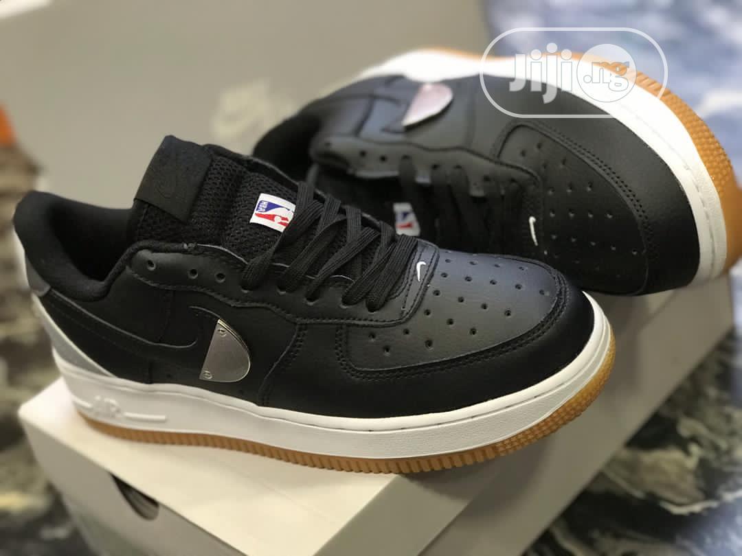 NBA X NIKE Air Force 1 Low Sneaker in Black
