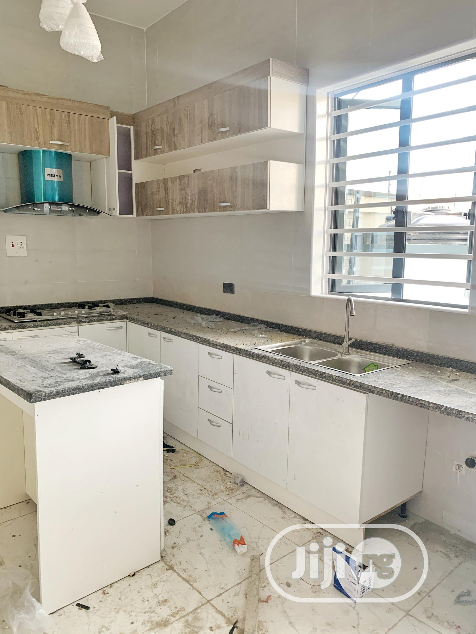 4 Bedroom Fully Serviced Duplex With BQ | Houses & Apartments For Sale for sale in Lekki, Lagos State, Nigeria