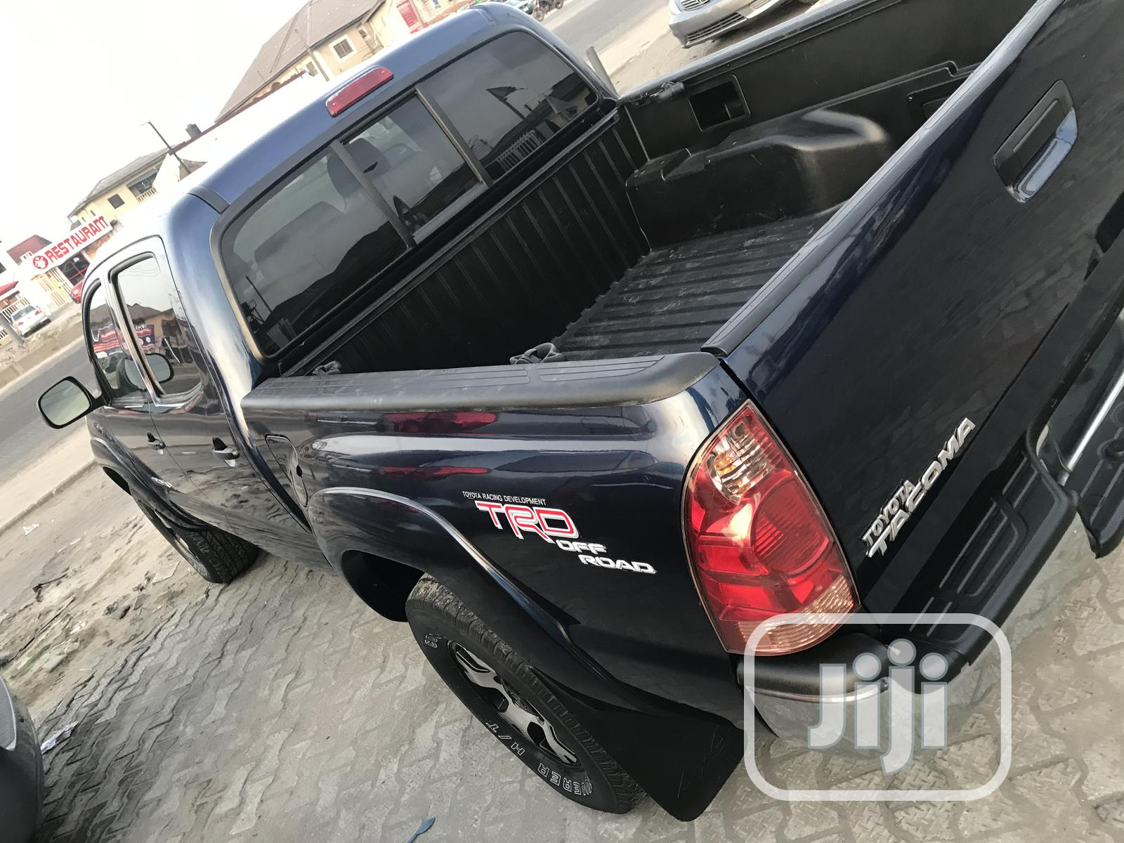 Toyota Tacoma 2006 Access Cab Blue | Cars for sale in Ajah, Lagos State, Nigeria