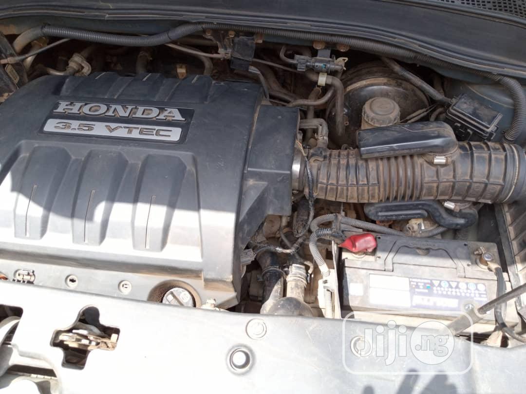Archive: Honda Pilot 2005 EX-L 4x4 (3.5L 6cyl 5A)